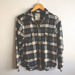 AMERICAN EAGLE OUTFITTERS || Plaid || Button Down